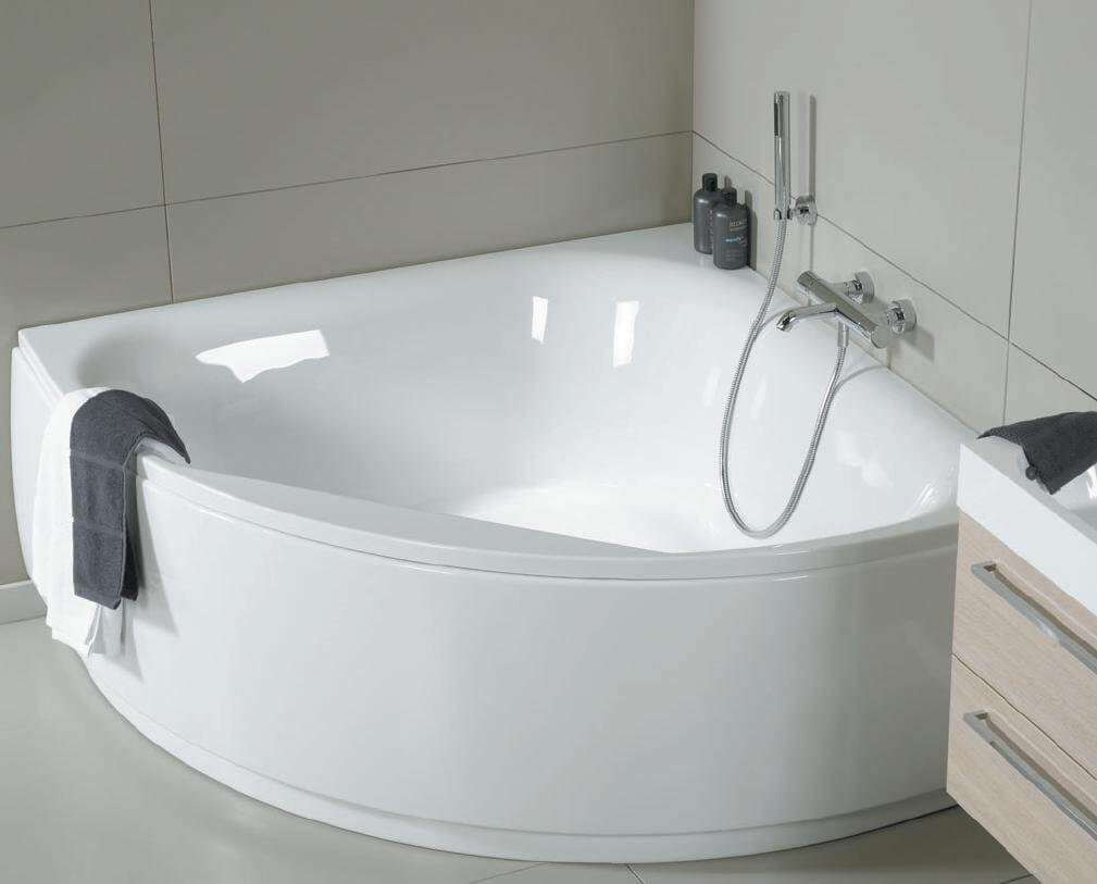 Чем заклеить акриловую ванну?
